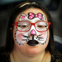 maquillage artistique maquillage chat aristo-chat hello kitty blanc et rose